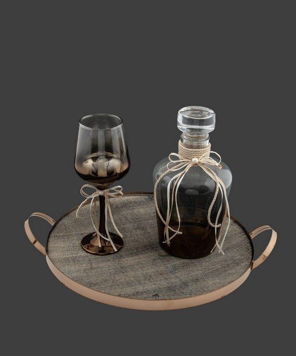 Σετ καράφα ποτήρι σε μπροντζέ αποχρώσεις.