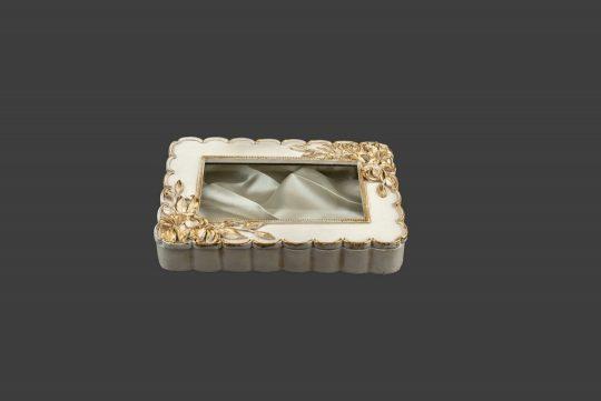 Στεφανοθήκη ρομαντική, σε απόχρωση ιβουάρ-χρυσό
