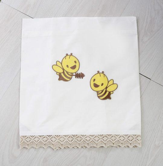 σετ βάπτισης με θέμα την μέλισσα